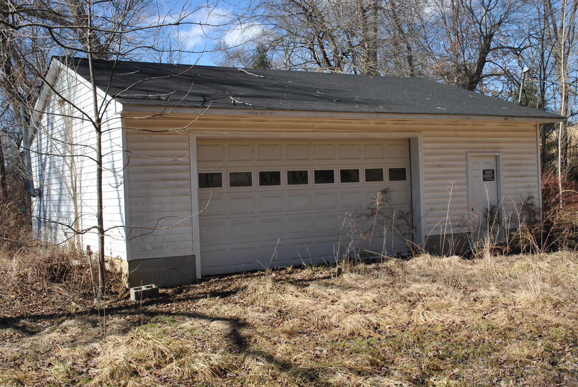 Absolute Online Auction Approx 1 7 Acres 2 Homes And