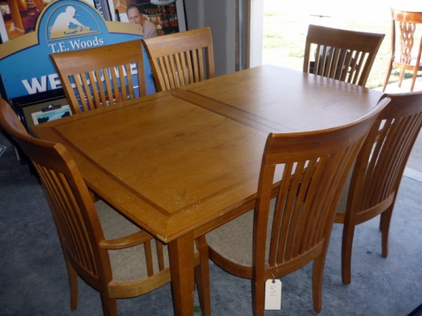 Model Home Furniture More Auction Independence Mo In Independence Missouri By Mayo Auction Realty