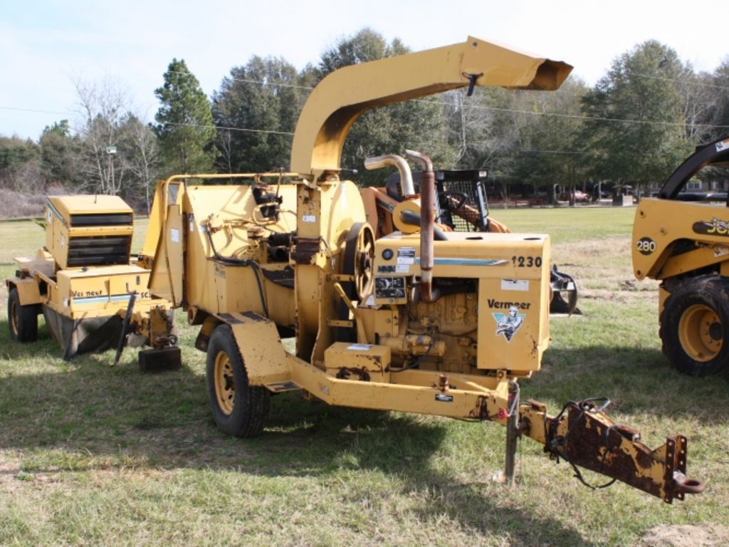 Ford 2006 F650 Chipper Dump Truck Heavy Equipment By ...