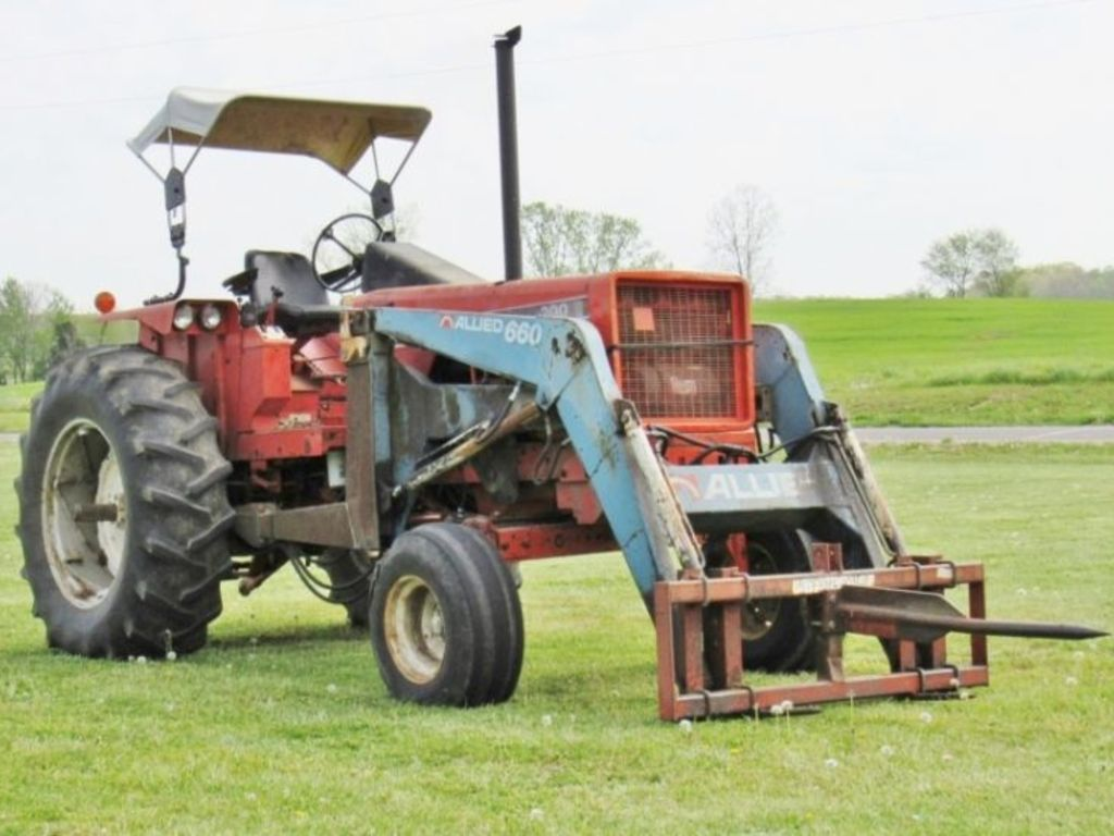 Freije & Freije Auctioneers - HOKE ESTATE FARM EQUIPMENT AUCTION