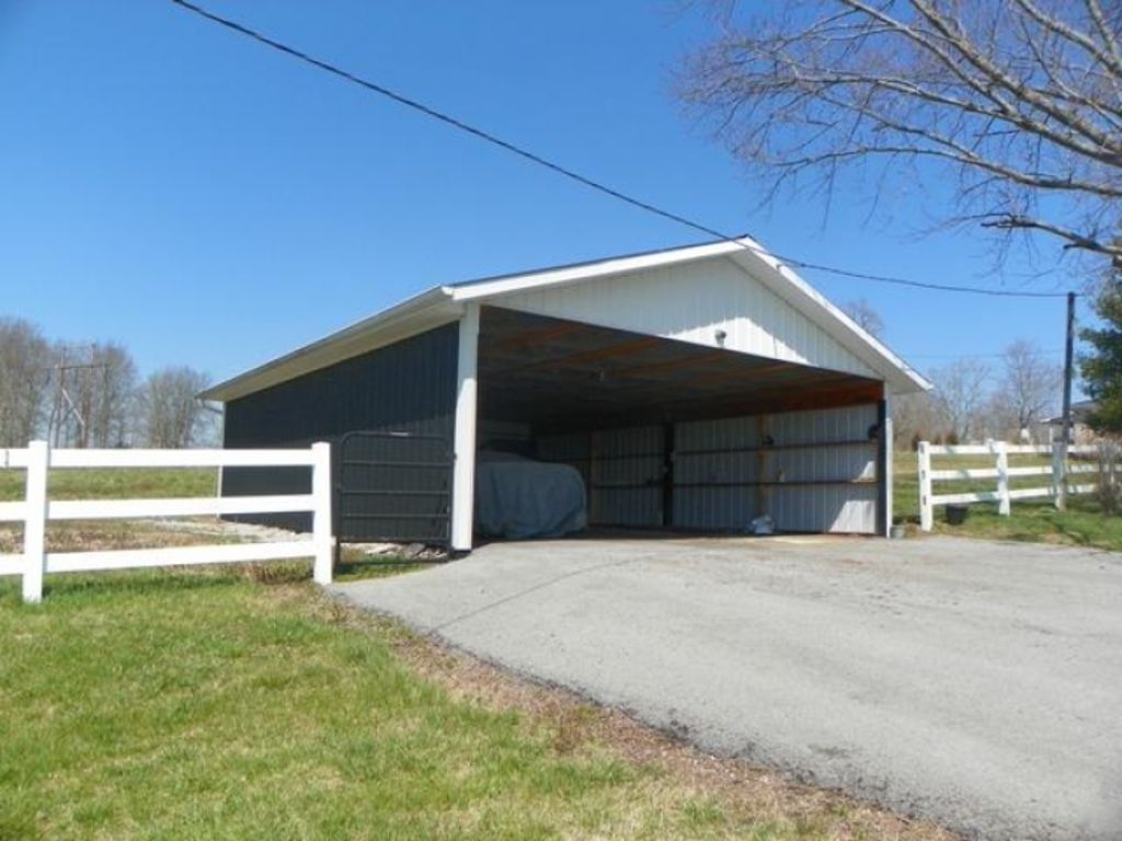 Absolute auction of house 6 acres for T t motors somerset kentucky