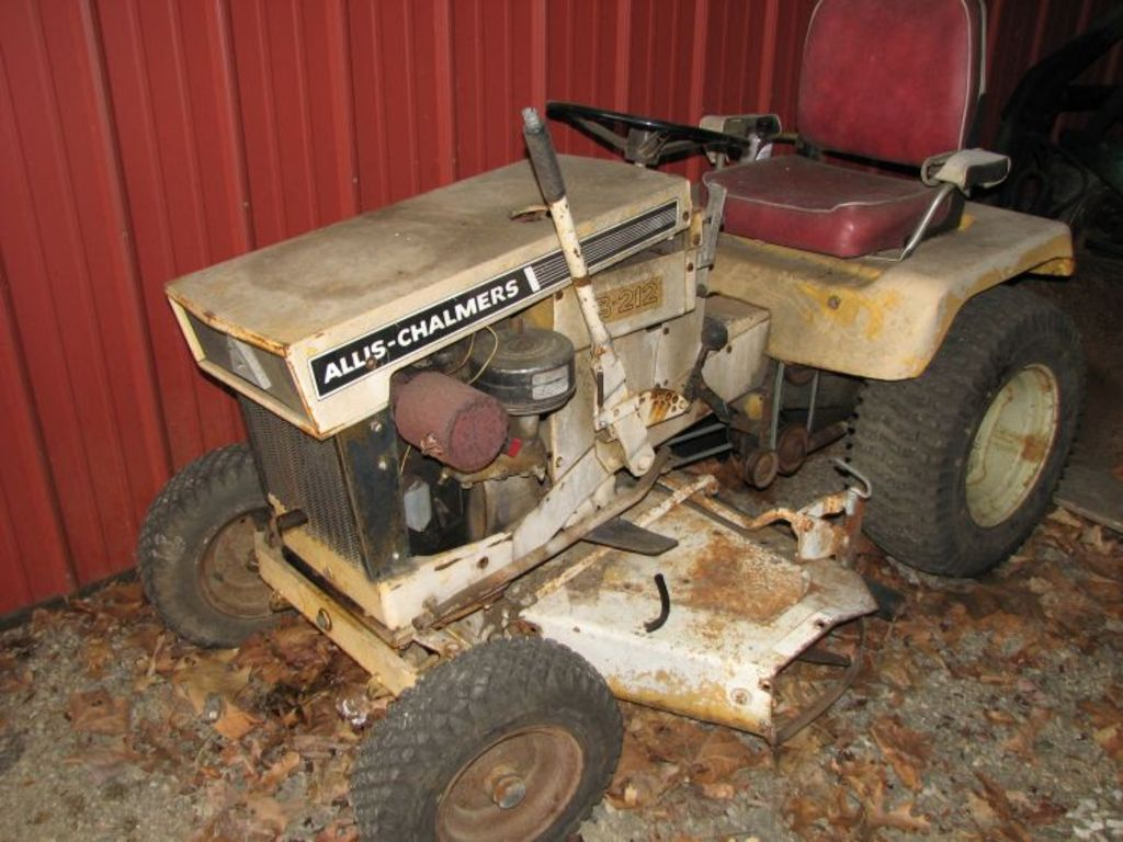 Beckort Auctions, LLC - ALLIS CHALMERS TRACTOR COLLECTION ESTATE ...