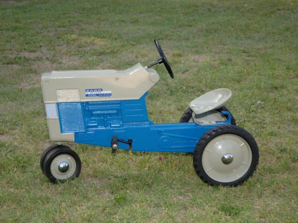 Ron Kruckenberg Pedal Tractor Auction