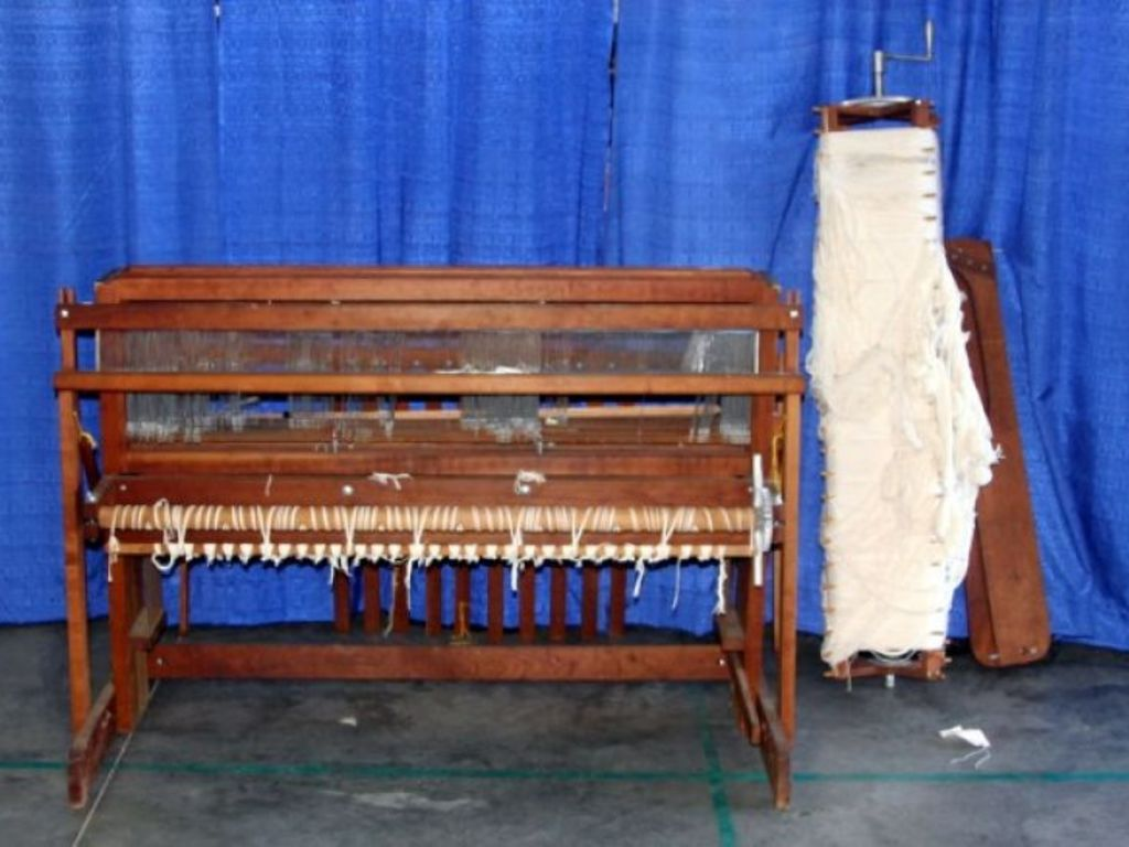 Weaving Equipment Furniture Home Decor More Auction