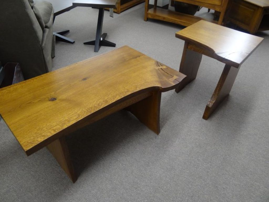Amish Made Furniture Auction
