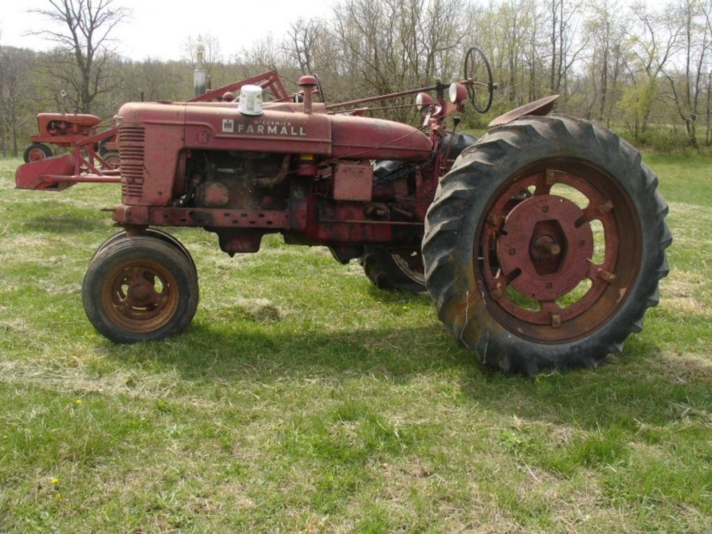 allis chalmers antique tractors pictures to pin on pinterest