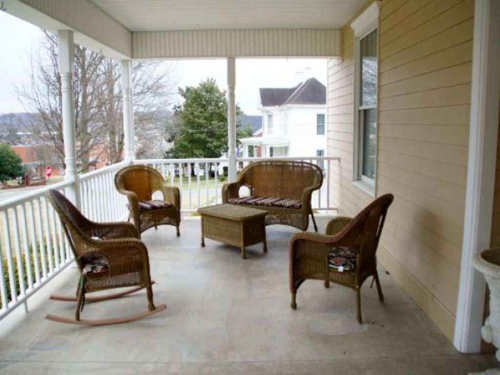 Car Lots In Somerset Ky >> Online Only Auction of 'The Doolin House' Bed and Breakfast