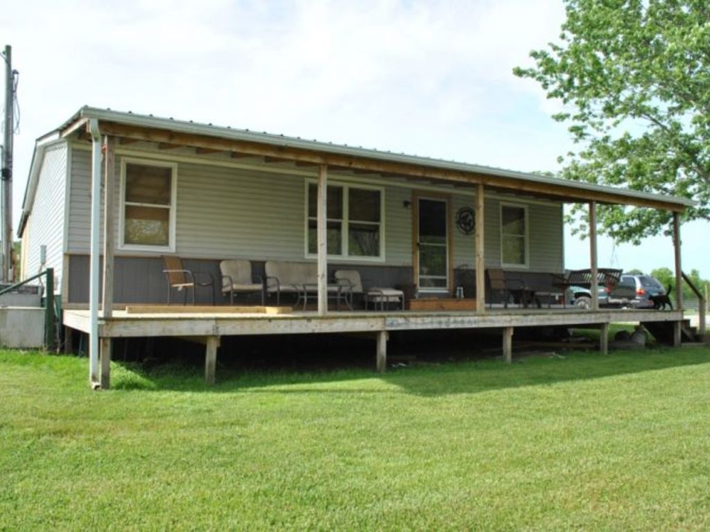 Absolute Online Estate Auction Mobile Home Farm