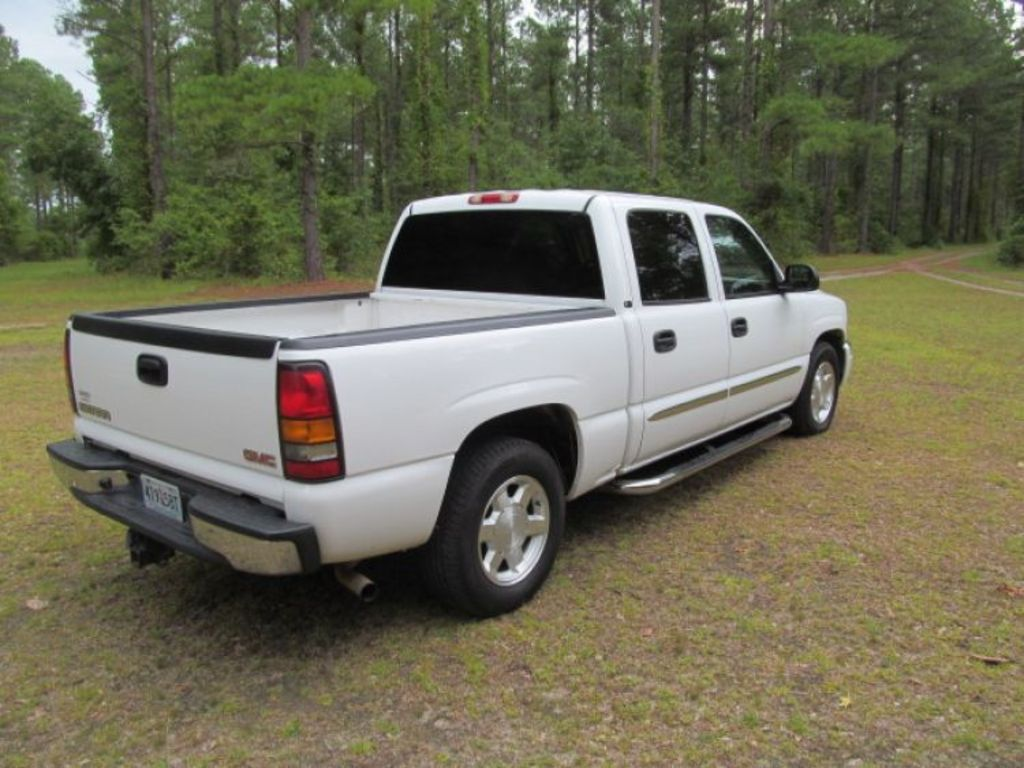 2006 gmc sierra crew cab pickup for sale at auction. Black Bedroom Furniture Sets. Home Design Ideas