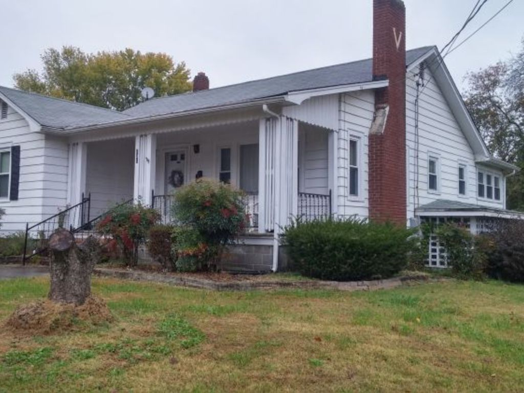 House Personal Property Auction Mount Airy Nc