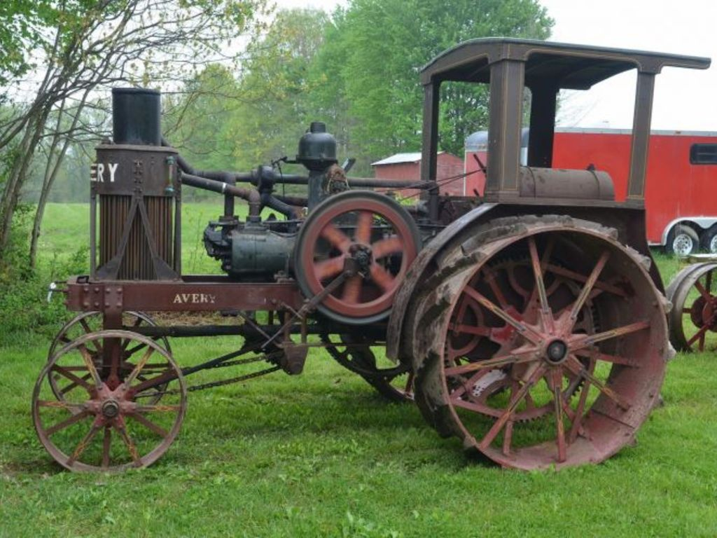 Fiscus Oil Pull And Early Tractor Collection