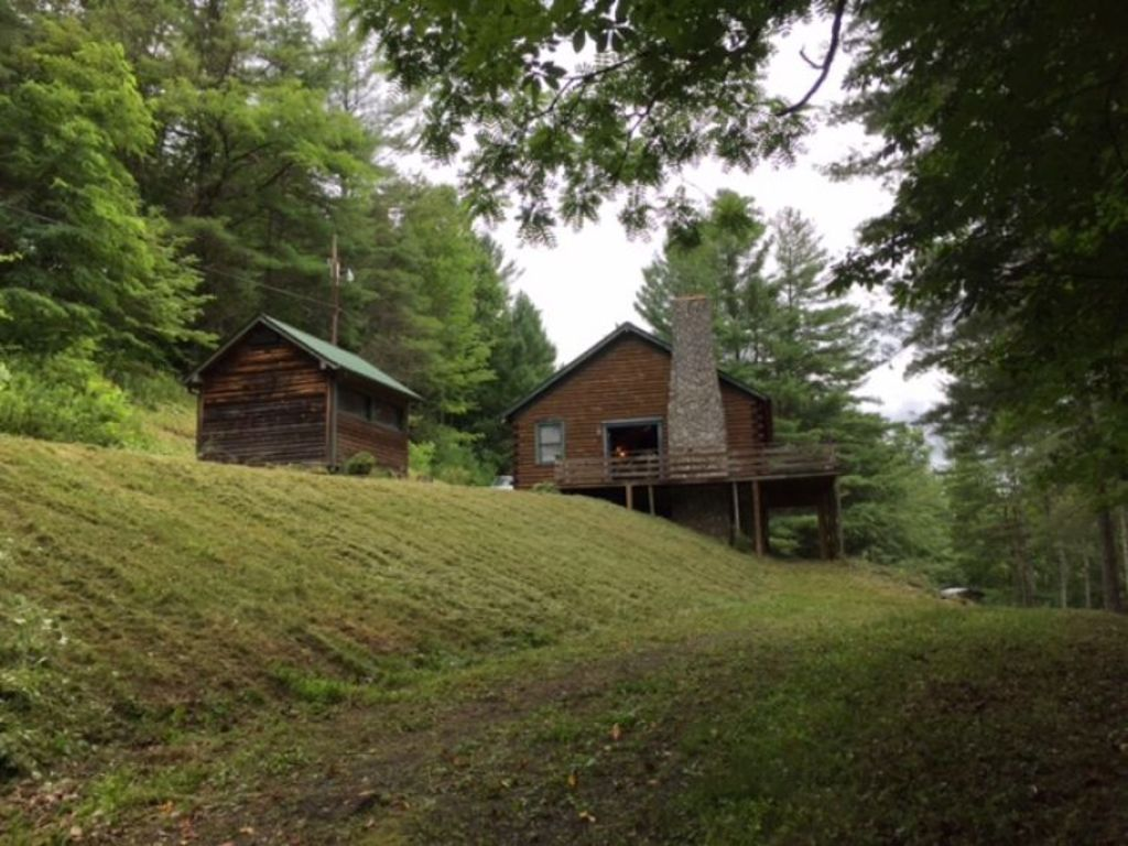 Log Home On 4 Acres In Crumpler Nc Ashe County