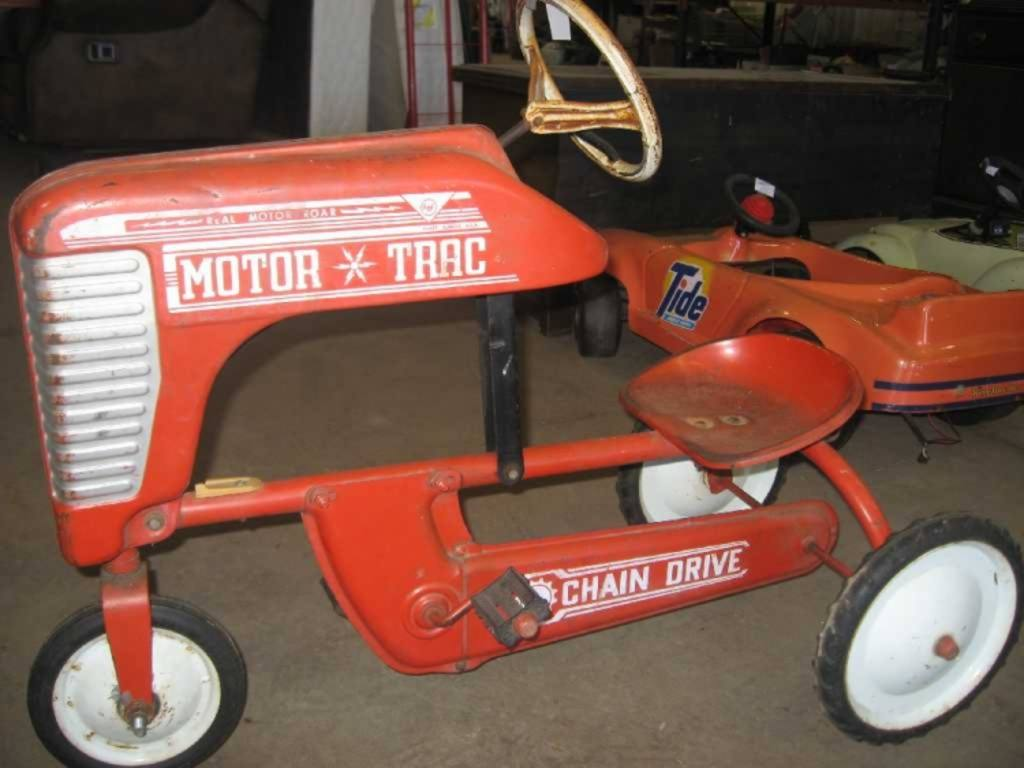 Tractor Chain Drive : Amf motor trac steel chain driven child s pedal tractor