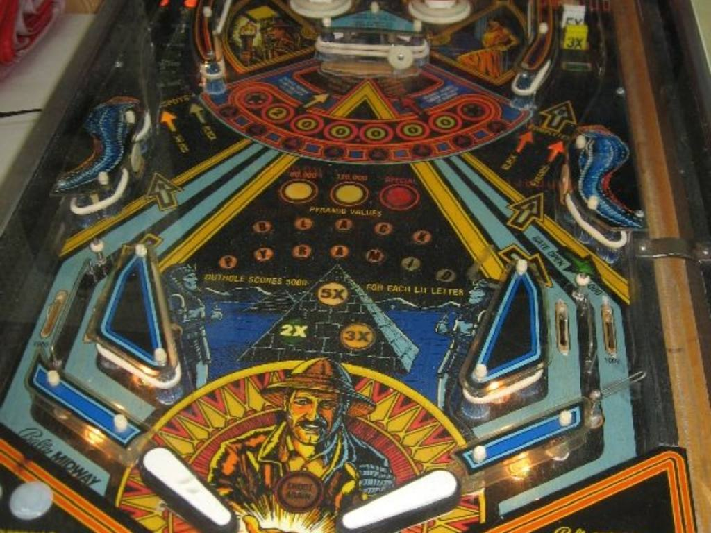 "Bally Midway ""Black Pyramid"" Pinball game, Full Arcade Size, Works and has been ..."