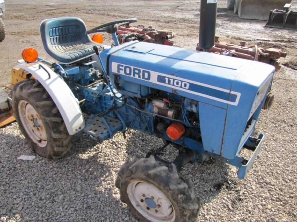 Ford 1100 4wd Diesel Tractor