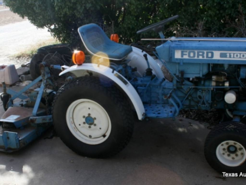 Ford 1100 Tractor With Ford