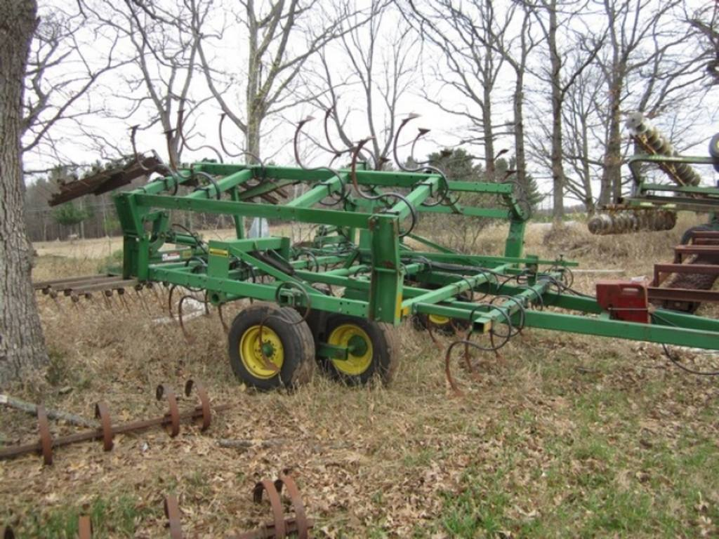 John Deere Field Cultivators Auction Results  36 Listings