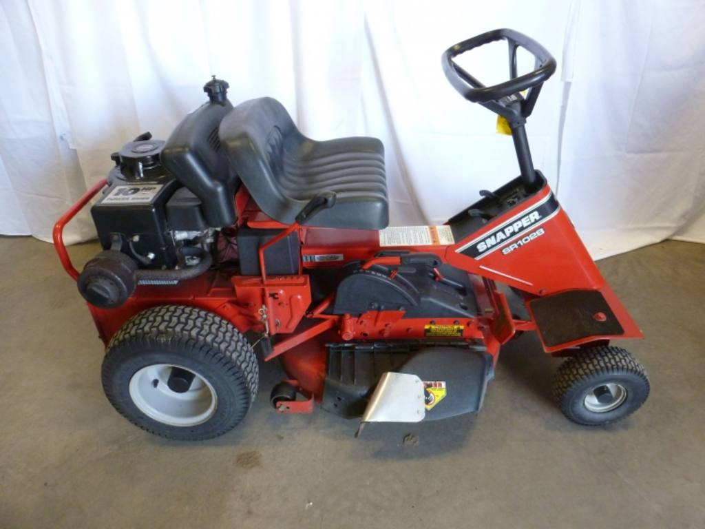 Riding Lawn Mower Starters : Old snapper rear engine riding mowers free