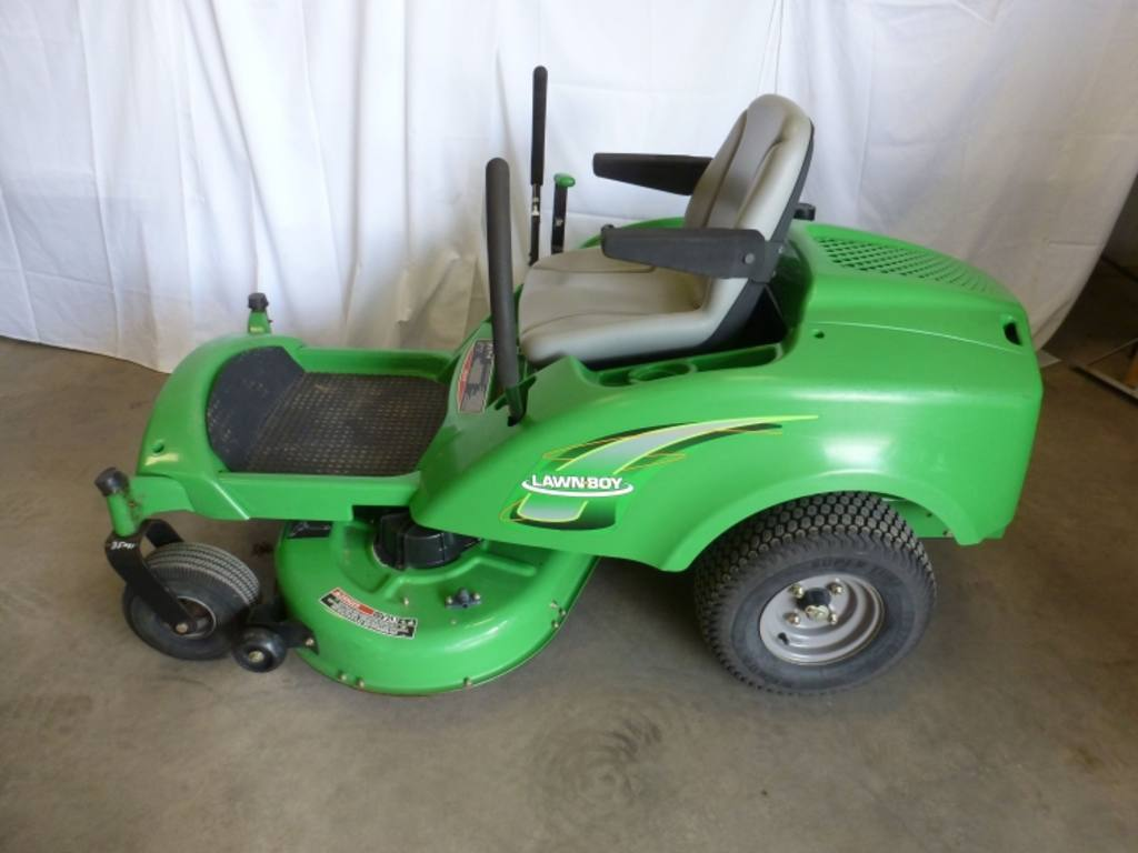 2007 Lawn Boy Z340X HLX zero turn mower, 42'' cutting deck, 16hp Honda GXV530 engine, mulch kit ...