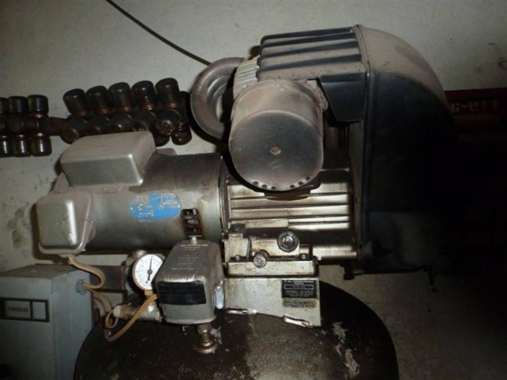 Campbell Hausfeld Freedom Series 2 Stage Air Compressor