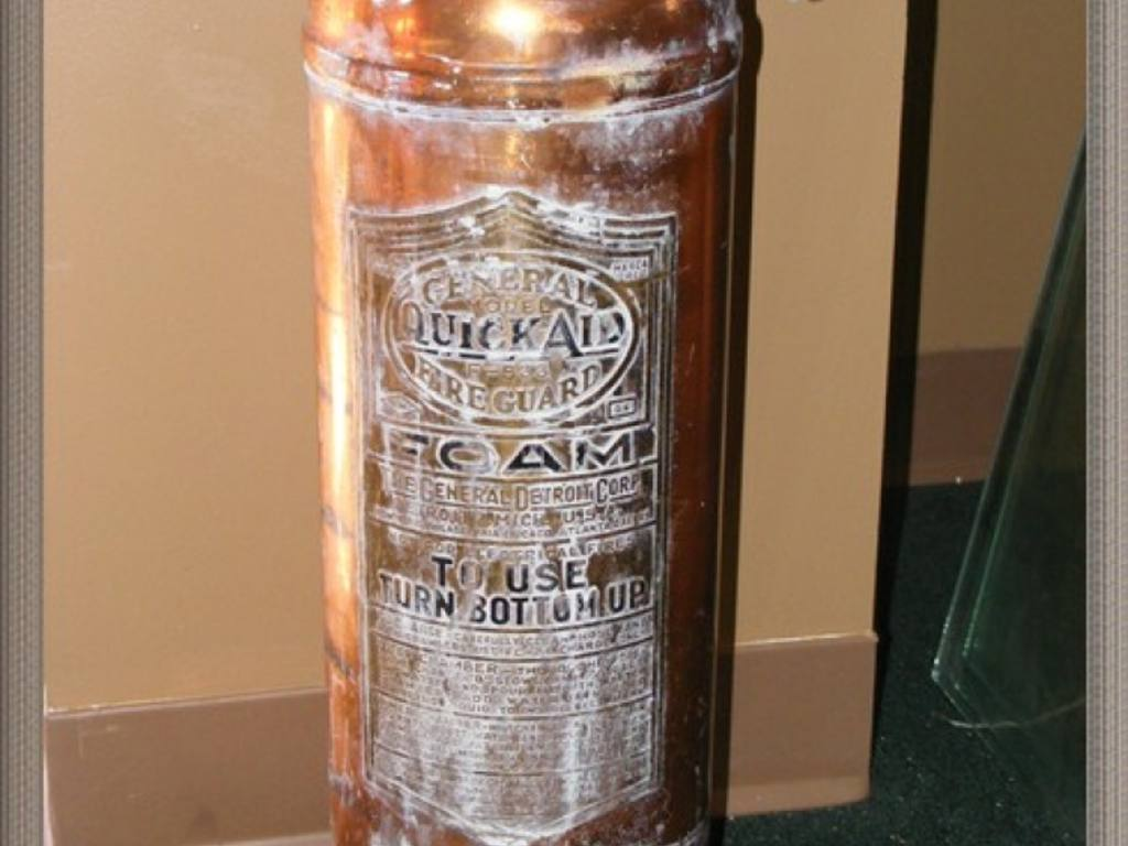 Underwriters laboratories fire extinguisher antique