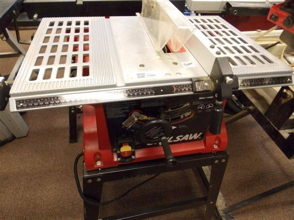 Skilsaw Table Saw Model 3305