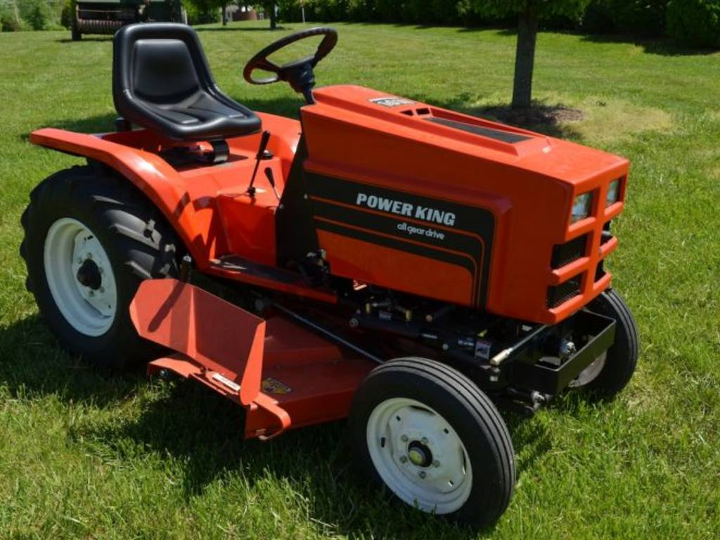 Power King 1618 Tractor