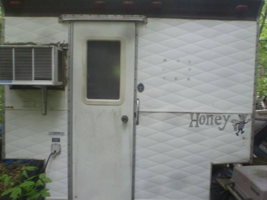 #4B5C38 Honey Pickup Truck Camper Fits Long Box 7ft H With  Best 553 Ac Unit For Trucks photos with 1024x768 px on helpvideos.info - Air Conditioners, Air Coolers and more