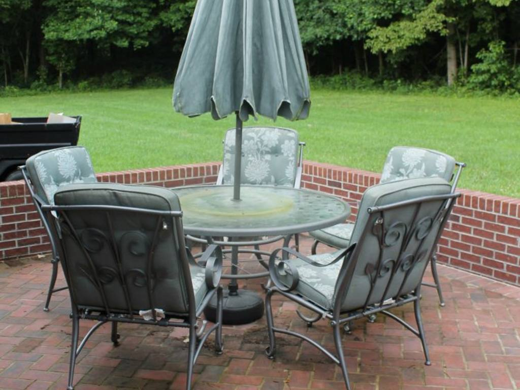 glass patio table lazy susan 28 images large outdoor  : r115 1 from americanhomesforsale.us size 1024 x 768 jpeg 95kB
