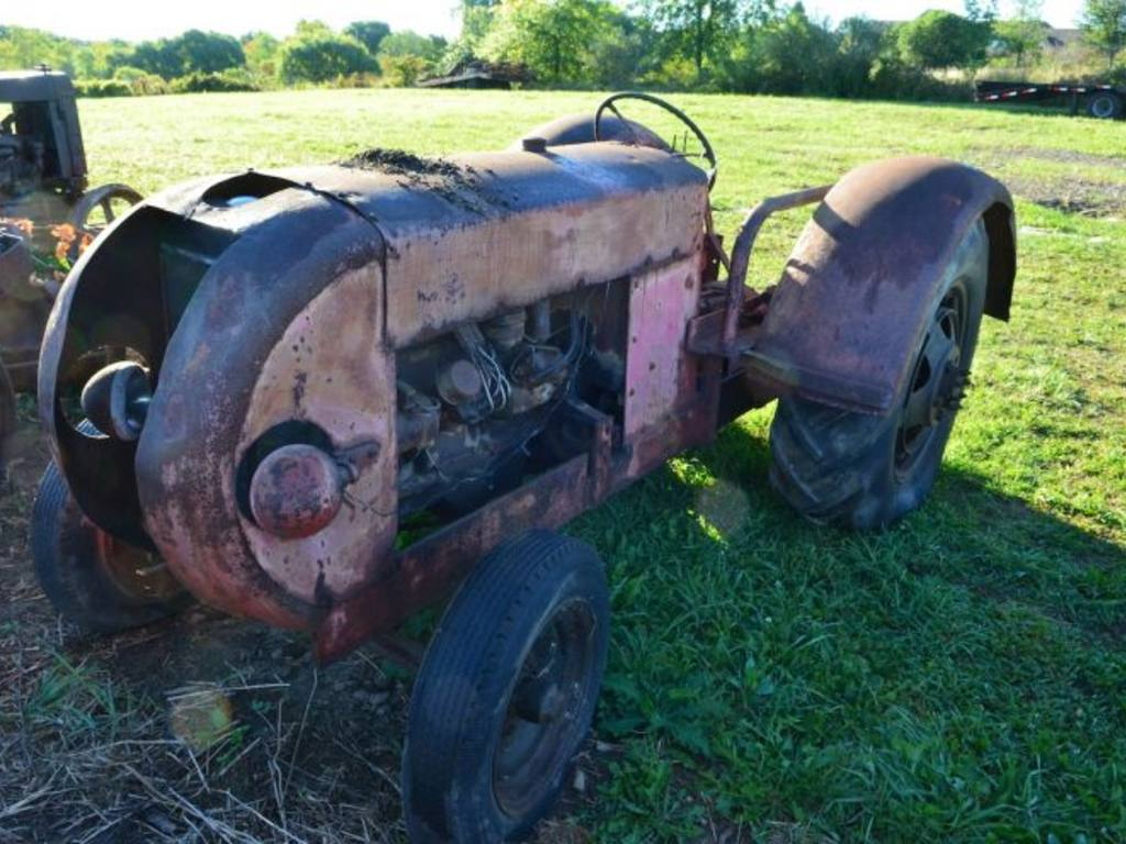 Ford Orchard Tractor : Friday orchard tractor