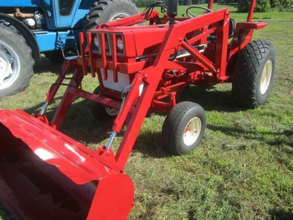 Ih Tractor Loaders : Ih compact tractor w loader
