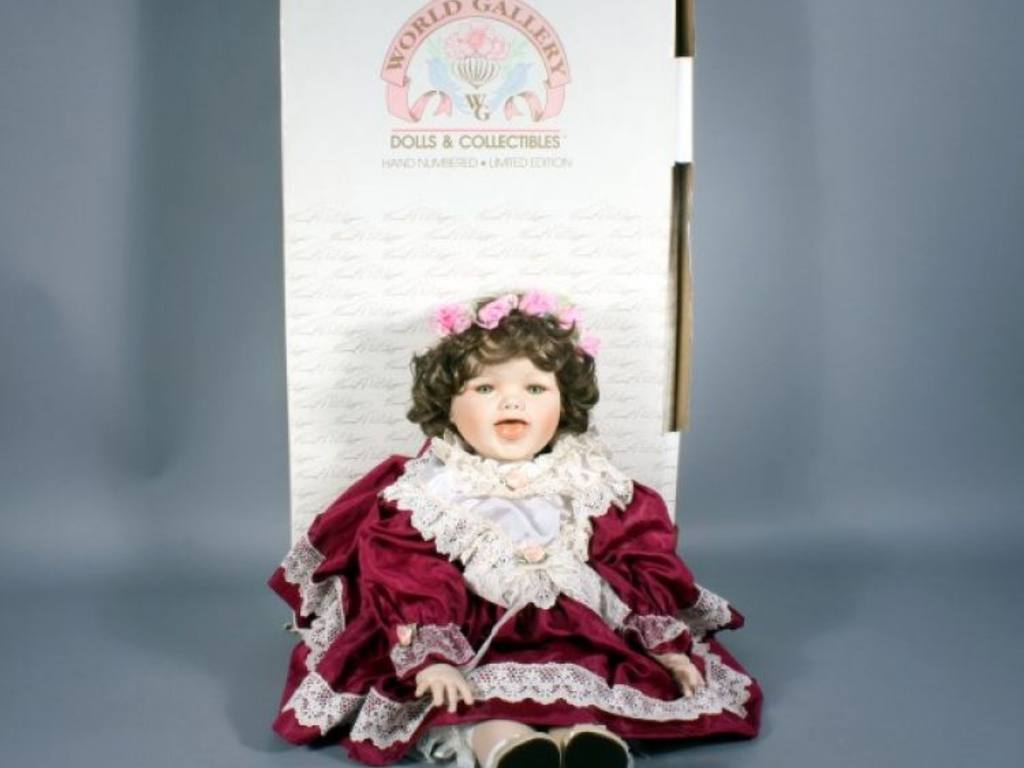Dolls of The World Collection World Gallery Dolls And
