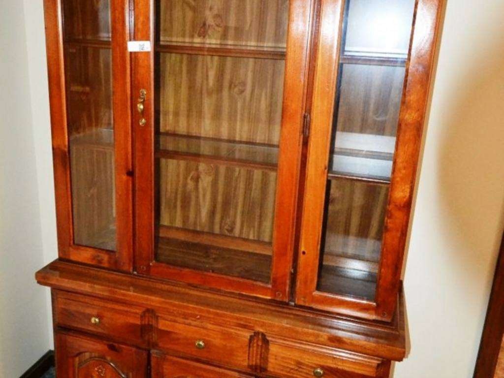 Lenoir House by Broyhill China Cabinet