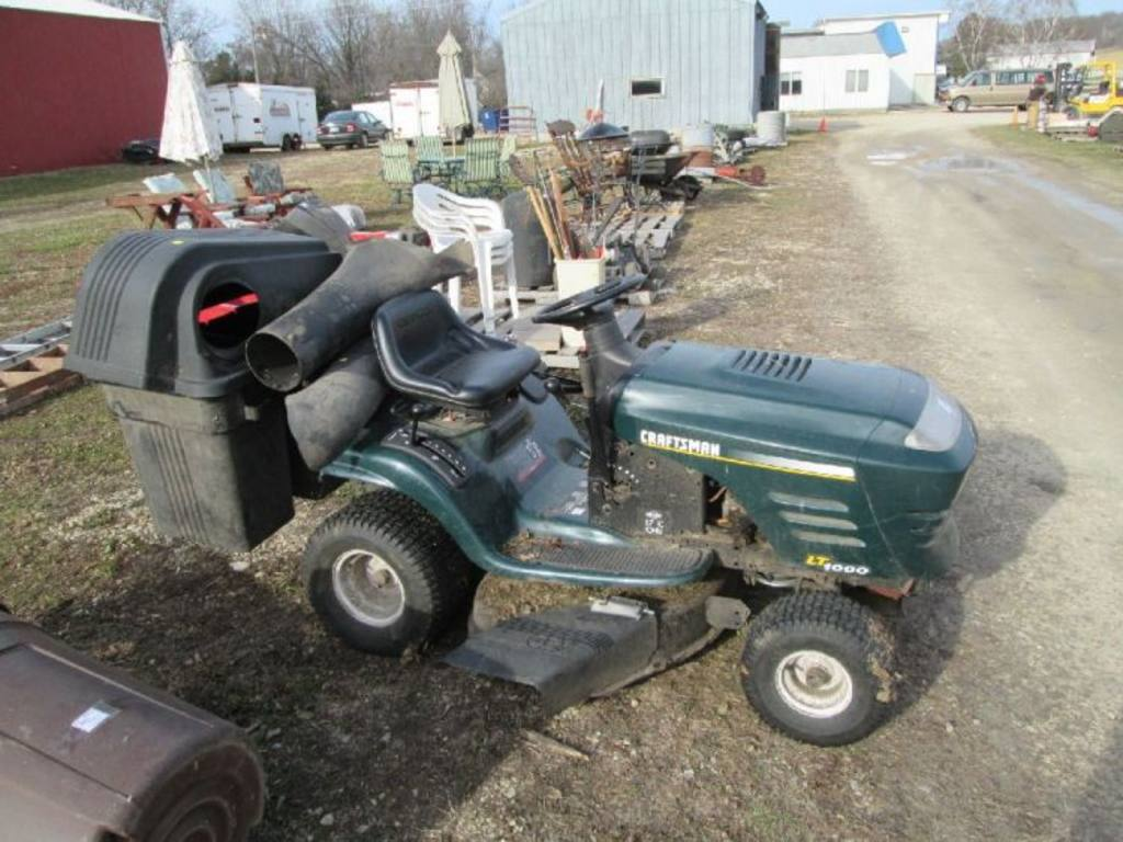 Craftsman riding Lawn Mower Parts Manual only Runs on choke Only