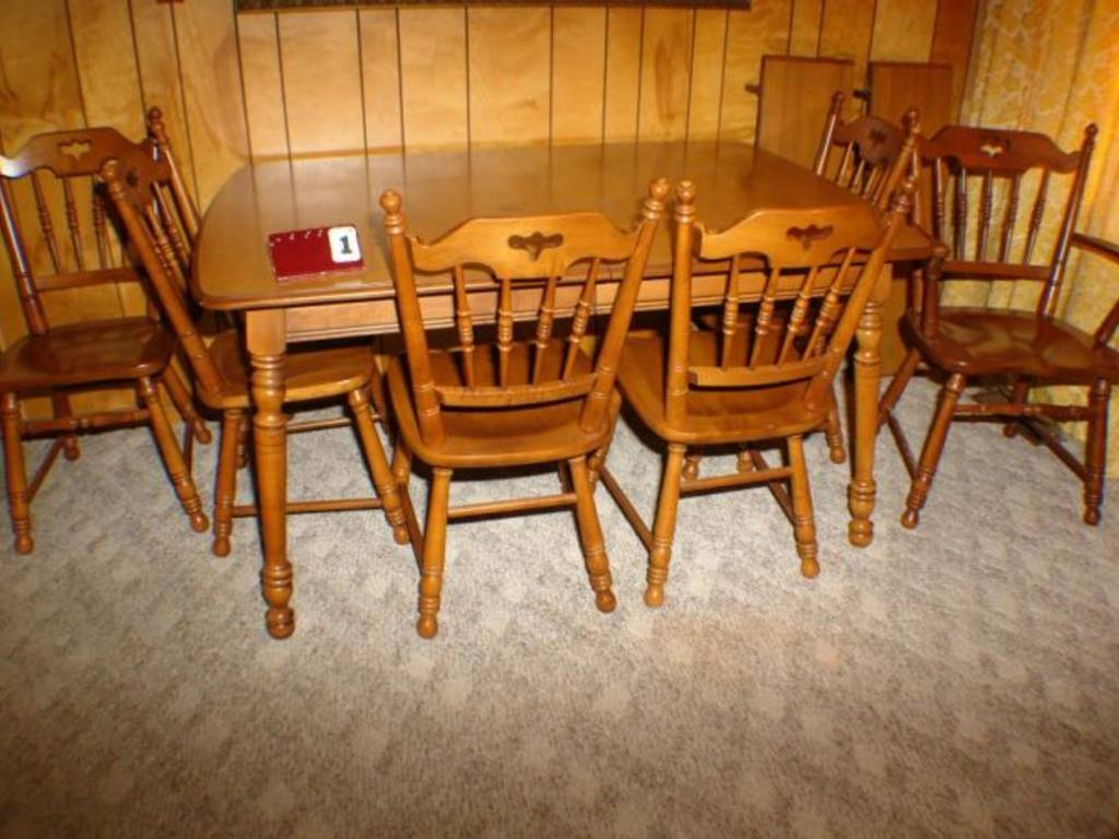 Tell city maple dining table for Maple dining table