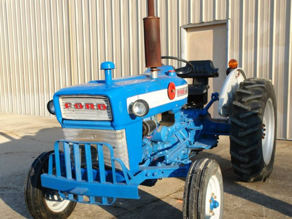 Ford 2000 Tractor Automatic Transmission : Ford tractor model numbers