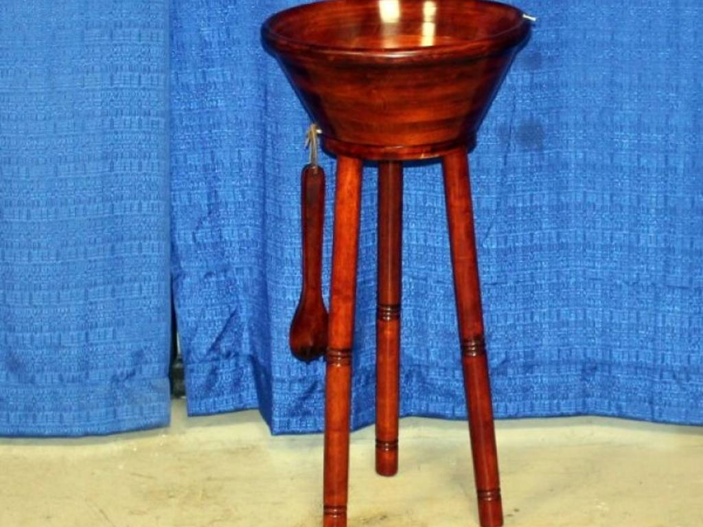 Wooden Salad Bowl With Stand Wooden Salad Bowl on Stand